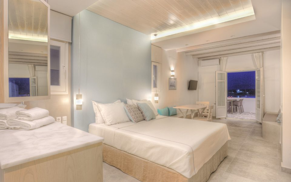 Junior Suite | Kandiani Bleu Ciel Apartments | Naousa Paros | Cyclades